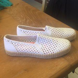 (EUC) Size 9 Keds